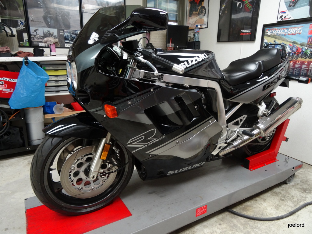 featured listing 1990 suzuki gsxr 1100 for sale rare sportbikes for sale. Black Bedroom Furniture Sets. Home Design Ideas
