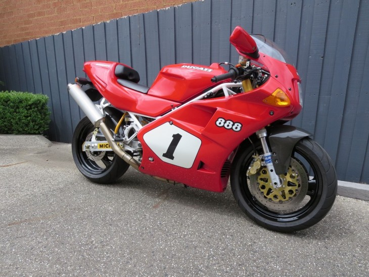 201600302 1992 ducati 888 sp4 right front