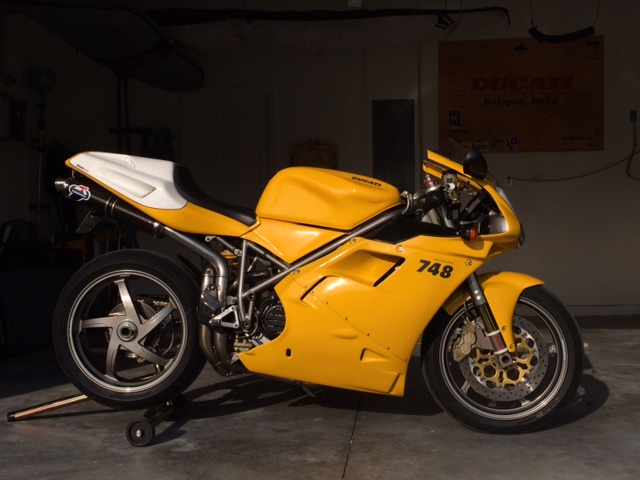 Featured Listing: Very Clean 2001 Ducati 748S for Sale