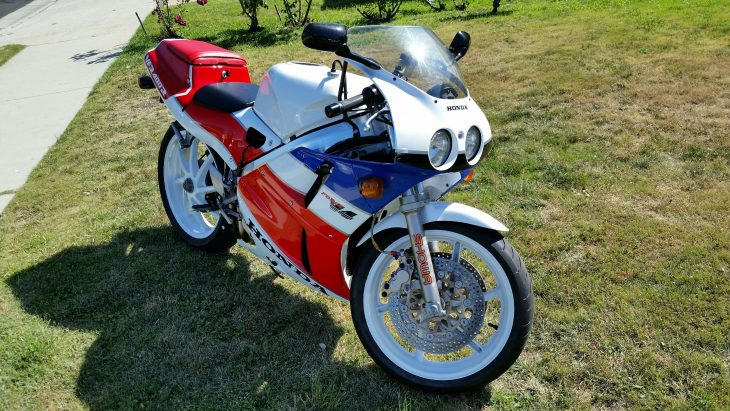 Featured Listing: 1990 Honda NC30 VFR400R for Sale