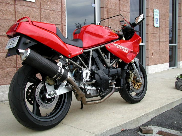 20160622 1993 ducati 750ss right rear
