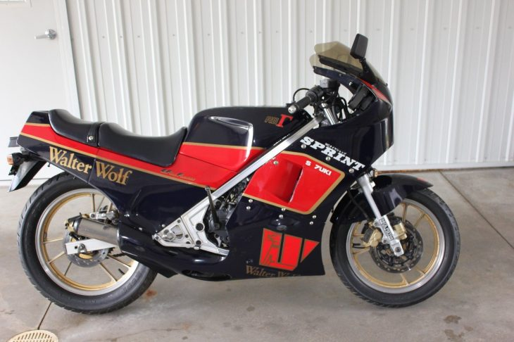 1986 Suzuki RG250 WW R Side