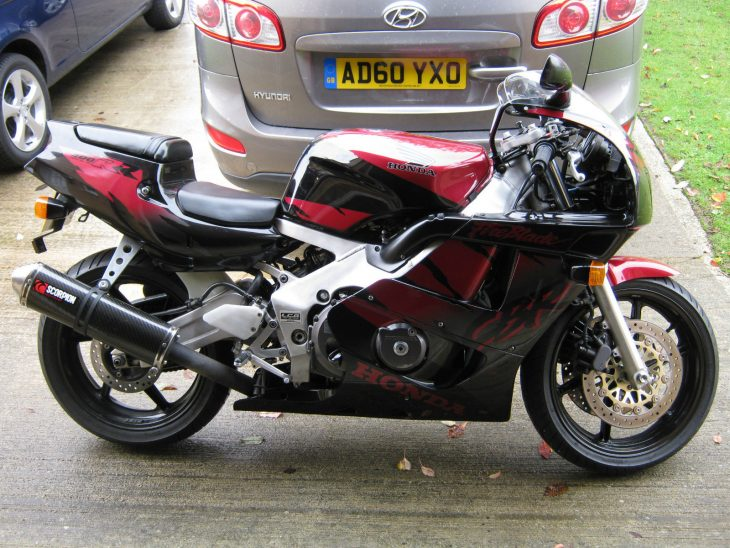 Little Brother: 1994 CBR400RR NC29 Fireblade for Sale