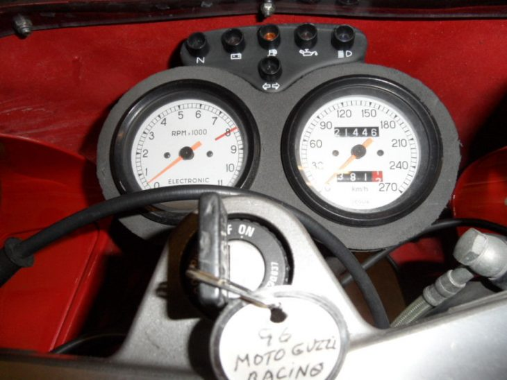 1996-moto-guzzi-daytona-racing-clocks