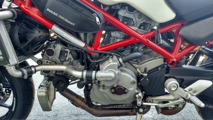 20161004-2007-ducati-monster-s4rs-left-engine