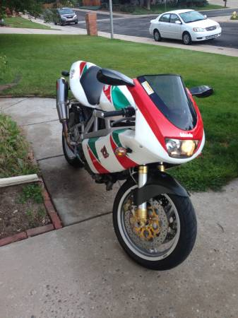 20161103-2000-bimota-db4-right-front