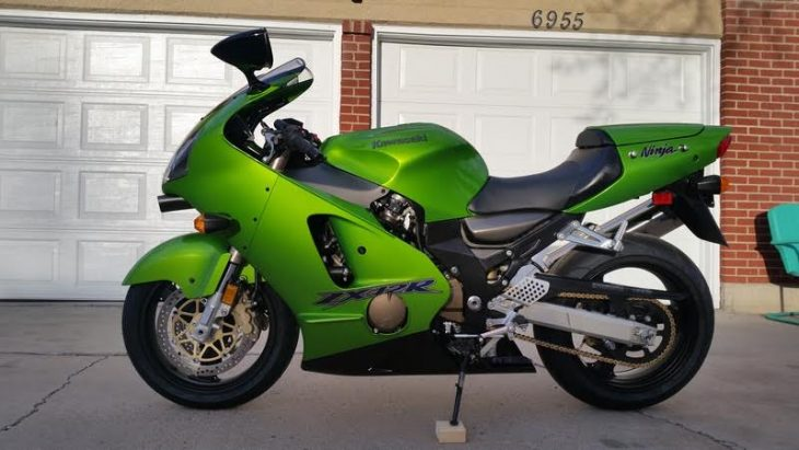 Featured Listing – 2000 Kawasaki ZX-12R with under 1,300 miles !