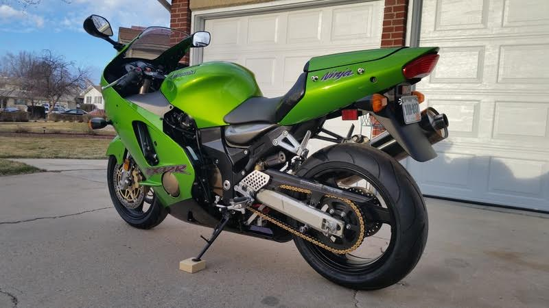 featured listing 2000 kawasaki zx 12r with under 1 300 miles rare sportbikes for sale. Black Bedroom Furniture Sets. Home Design Ideas