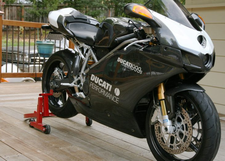 Carbon Capture – 2003 Ducati 999S
