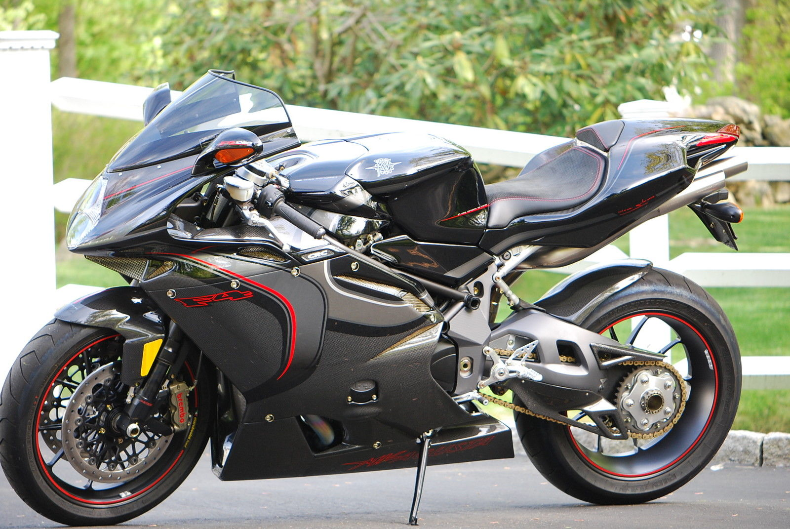 carbon copy 2006 mv agusta f4cc rare sportbikes for sale. Black Bedroom Furniture Sets. Home Design Ideas