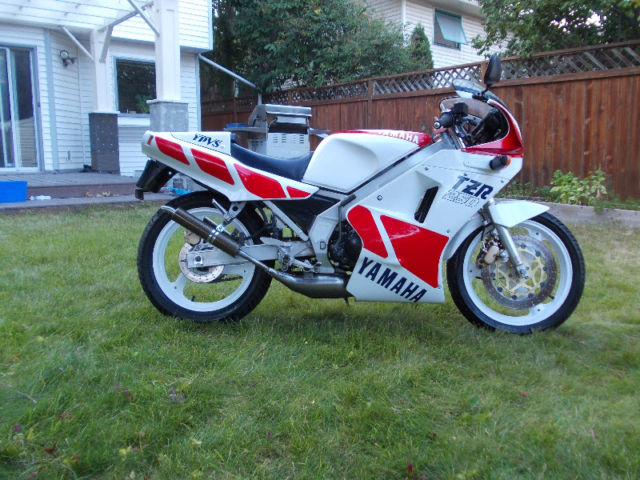 Featured Listing: 1987 Yamaha TZR250 for Sale