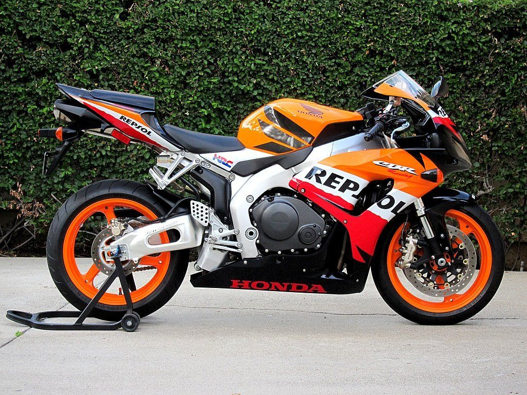 exceptional 2007 honda cbr1000rr repsol with 285 miles. Black Bedroom Furniture Sets. Home Design Ideas