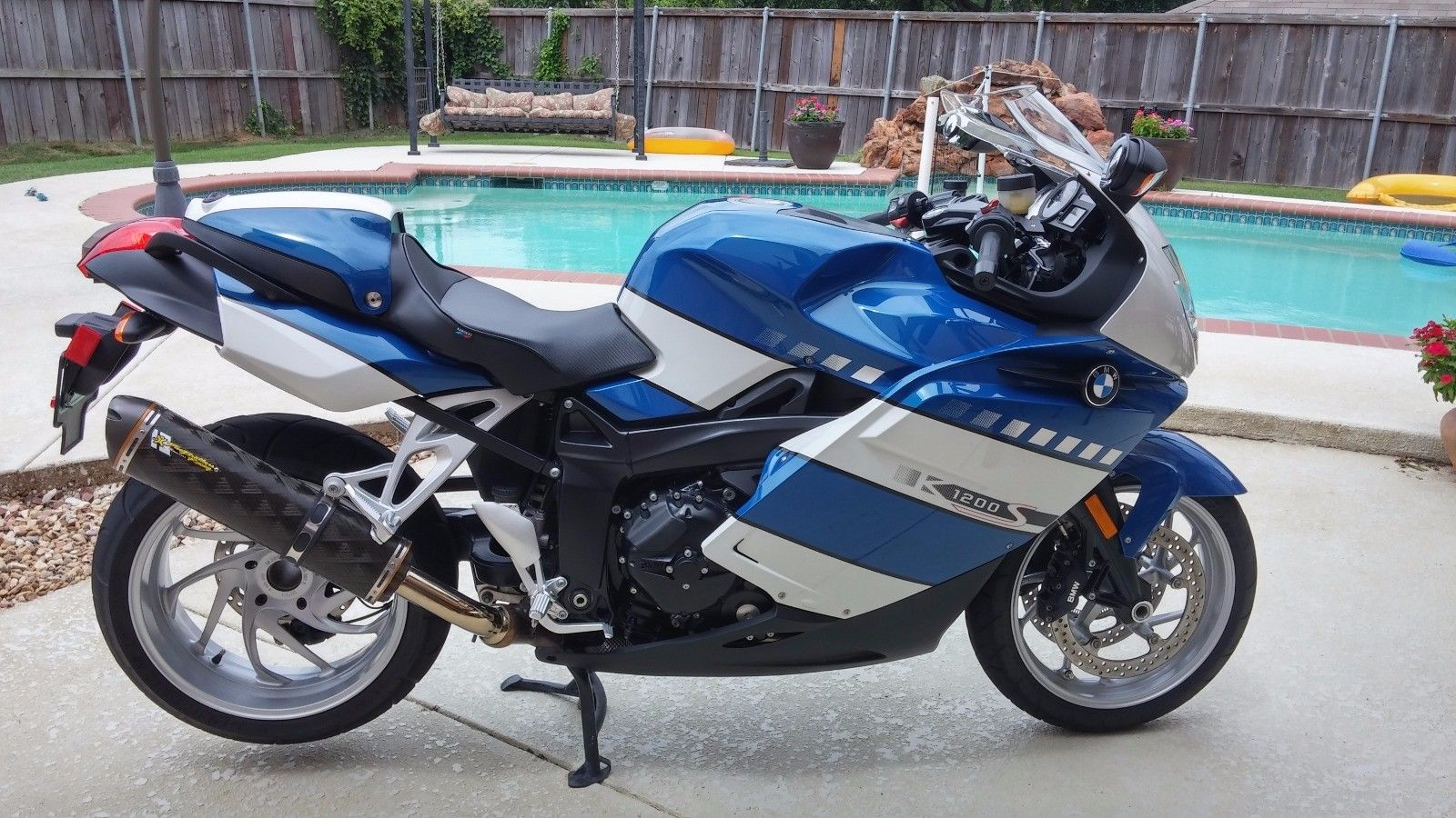 land speed record holder 2006 bmw k1200s rare sportbikes for sale. Black Bedroom Furniture Sets. Home Design Ideas