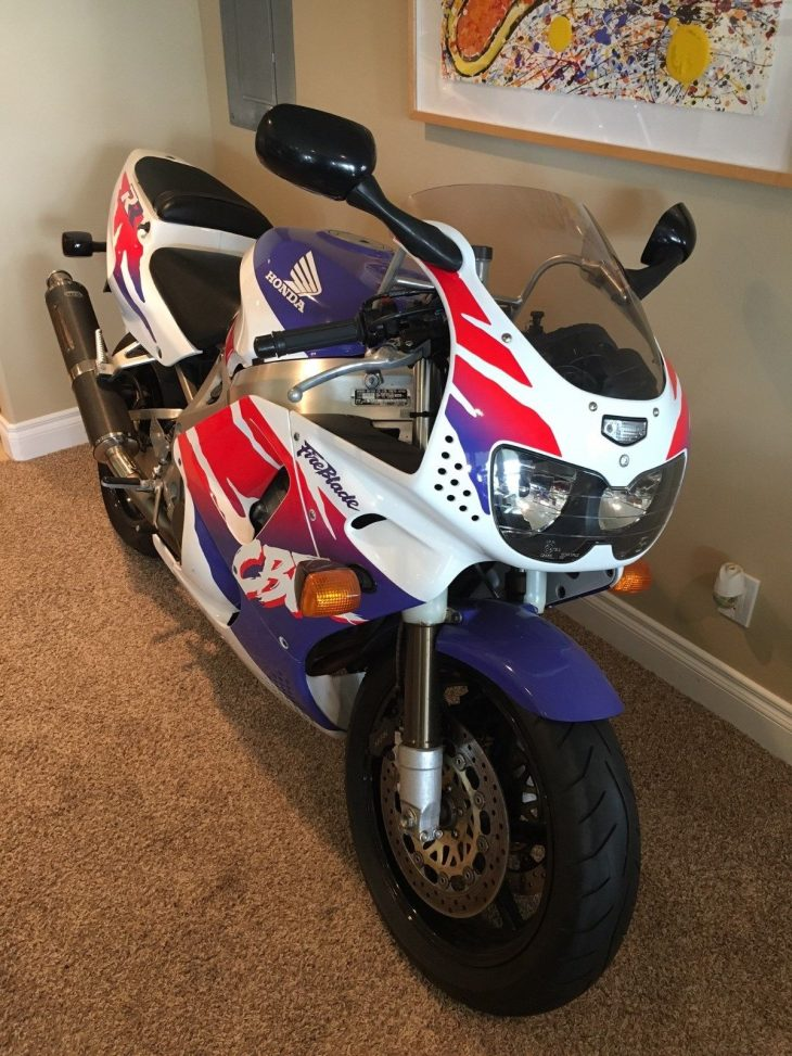Featured Listing: 1994 Honda CBR900RR from Gary in Utah