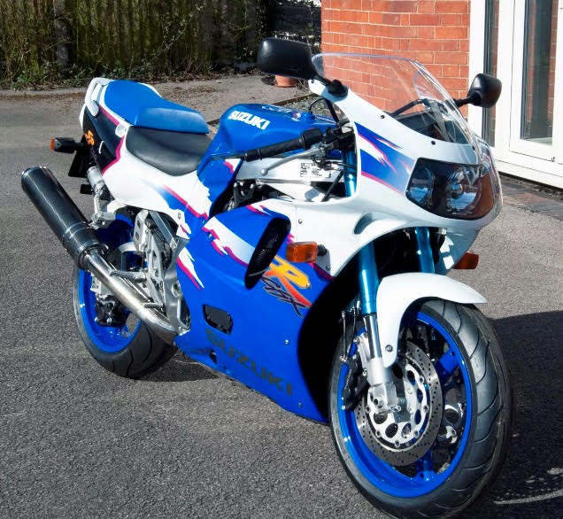 Featured Listing: One-of-Six 1994 Suzuki GSXR-750 SP in England