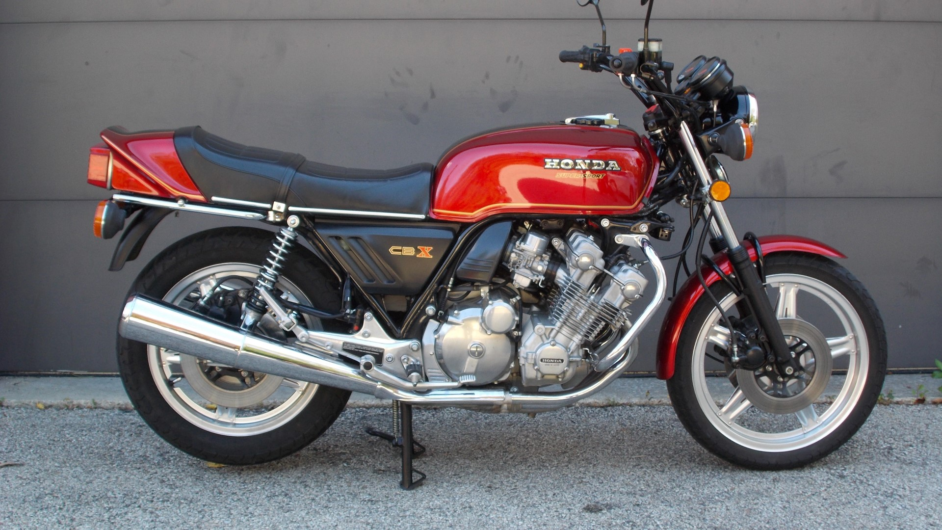 Six Cylinder Archives Rare Sportbikes For Sale 1970 Honda Motorcycle Vin Decoder In 1978 Stunned The Motorcycling World With A Technological Tour De Force 24 Valve Cbx Was Most Ambitious And