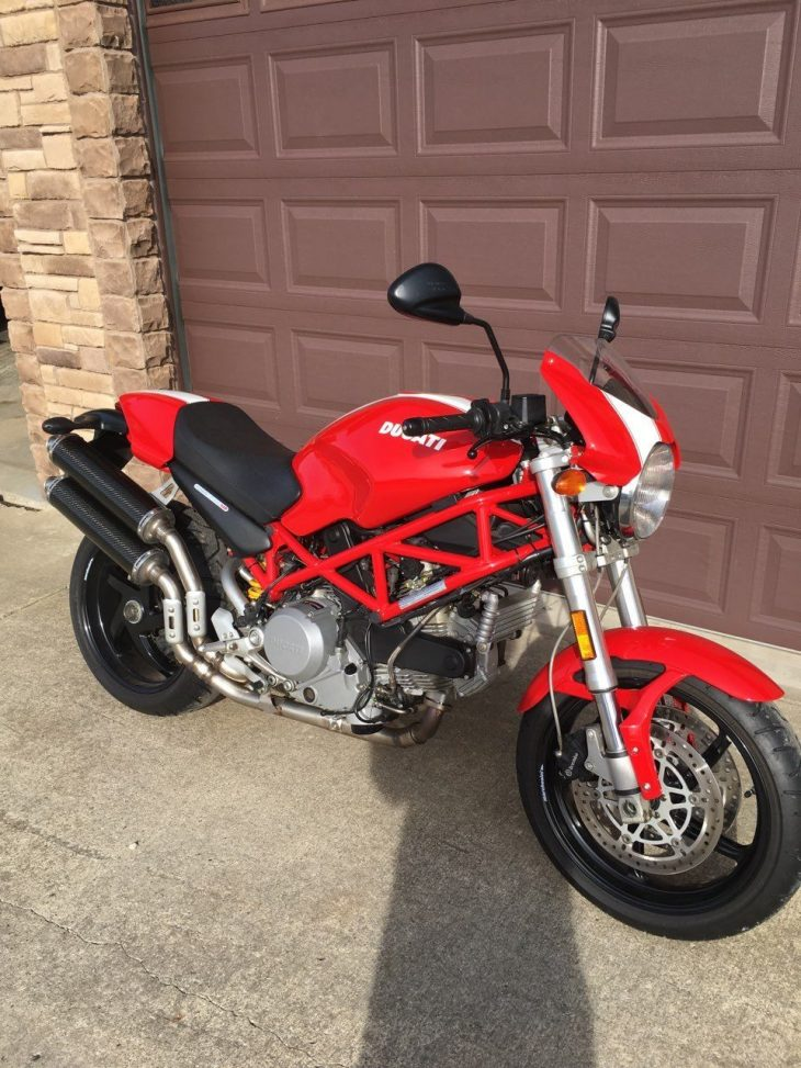 Swiss Army Bike – 2007 Ducati Monster 800 S2R