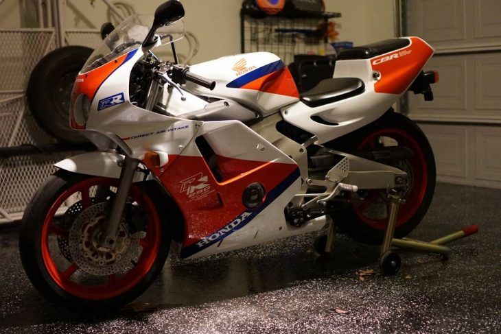 Featured Listing: 1990 Honda CBR 250RR MC22
