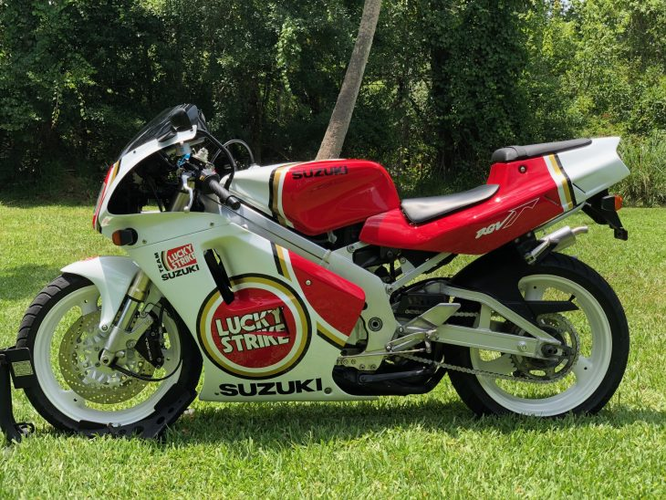 Featured Listing: Beautiful 1992 Suzuki RGV250 Lucky Strike