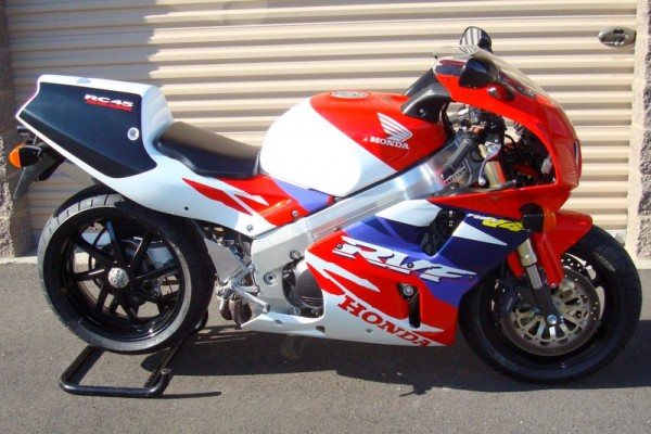 Honda RC45 RVF750 For Sale