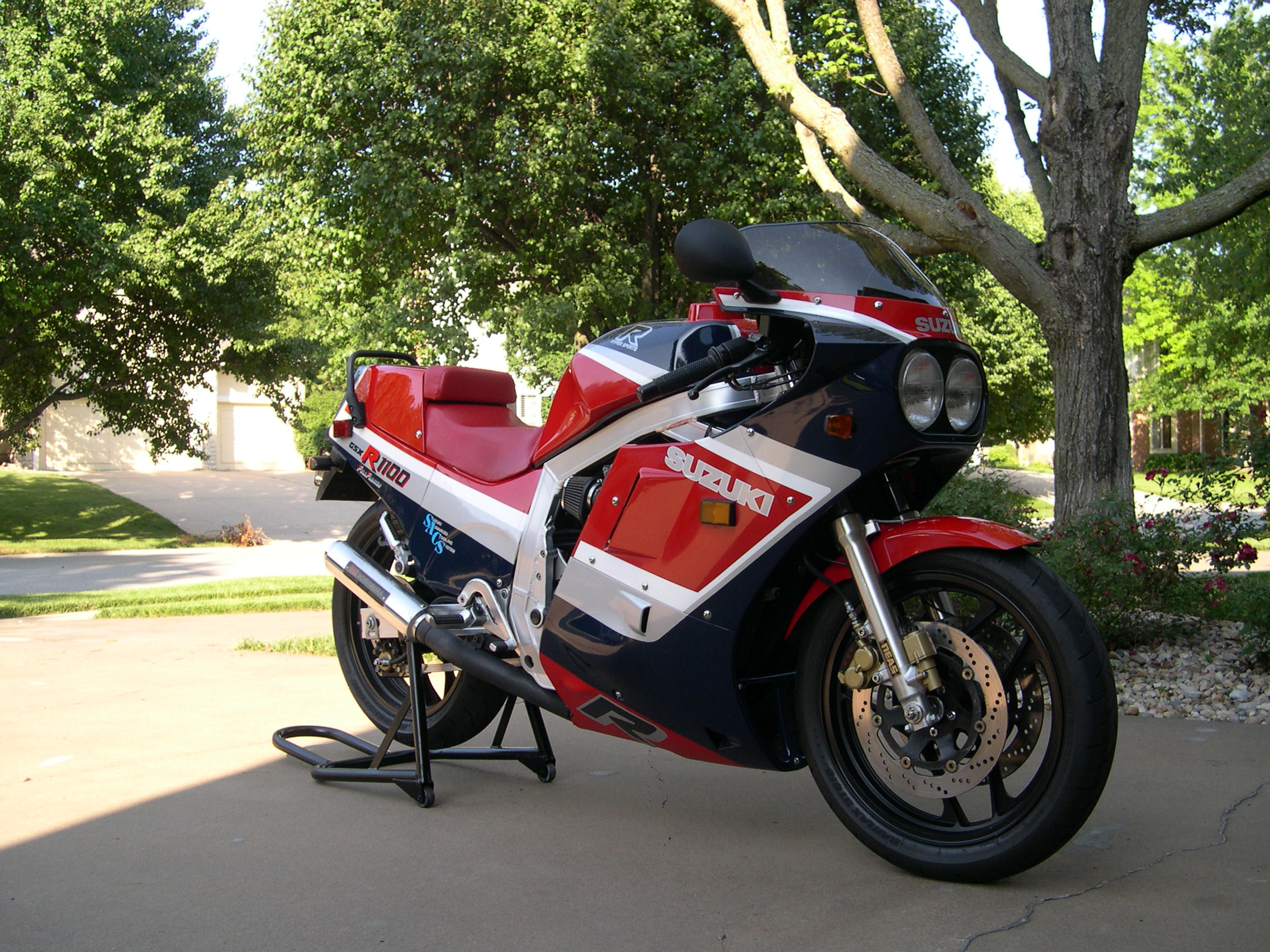 U0026 39 86 Suzuki Gsxr 1100-first Year Of A Classic