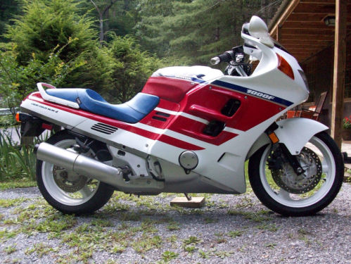 Red White And Bitchin 1990 Honda Cbr1000f Rare Sportbikes For Sale