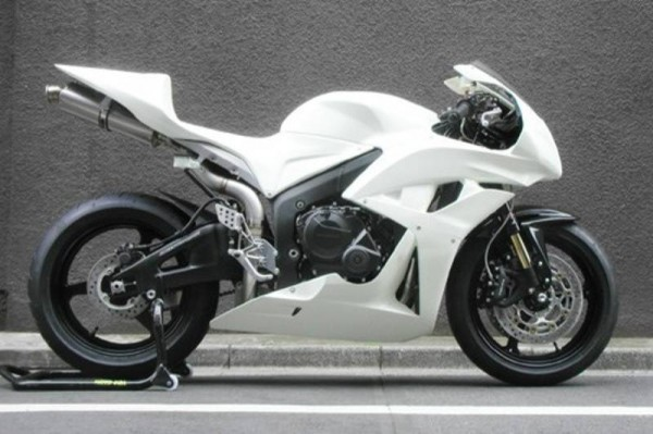 Canadian Mystery: 2010 Honda HRC Kitted CBR1000RR And CBR600RR