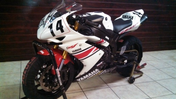 2008 Yamaha YZF-R1 Scott Russel Race Bike For Sale