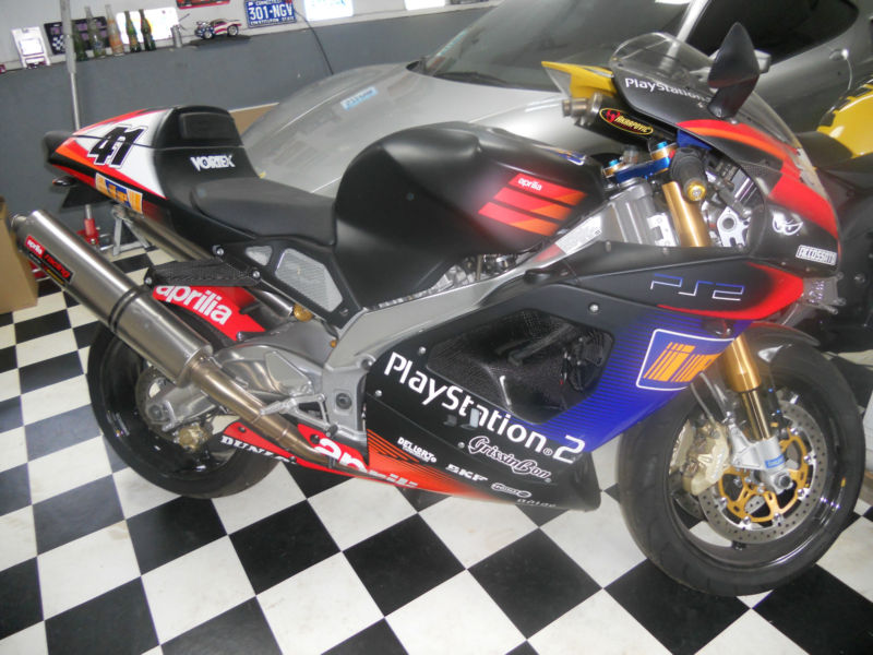 Haggle for a Haga Part II: 2003 Aprilia RSV1000r Haga Replica #138
