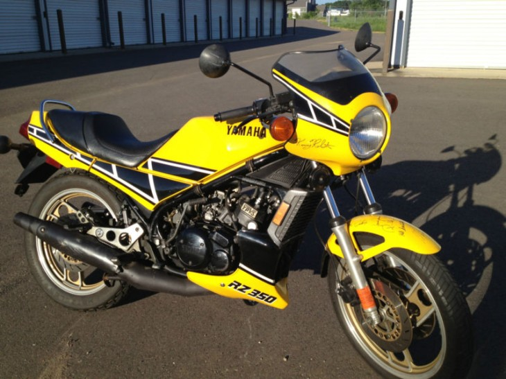 Who's on your fender?  1984 Yamaha RZ350 with signatures