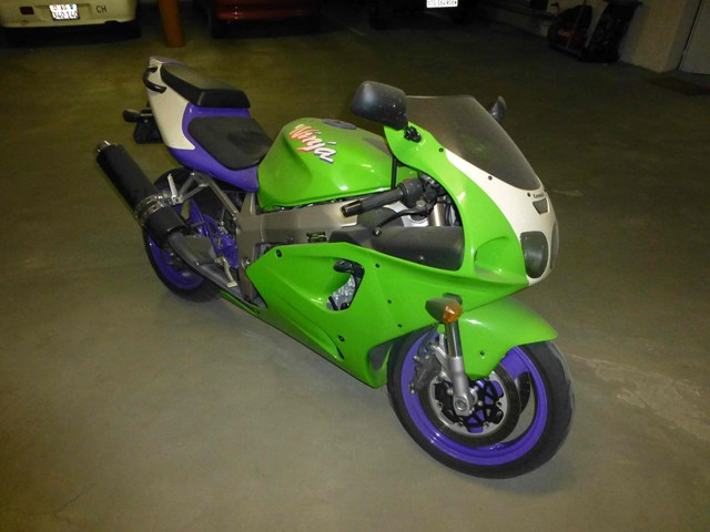 Smart Money Series Continued: Kawasaki ZX7-R in Switzerland