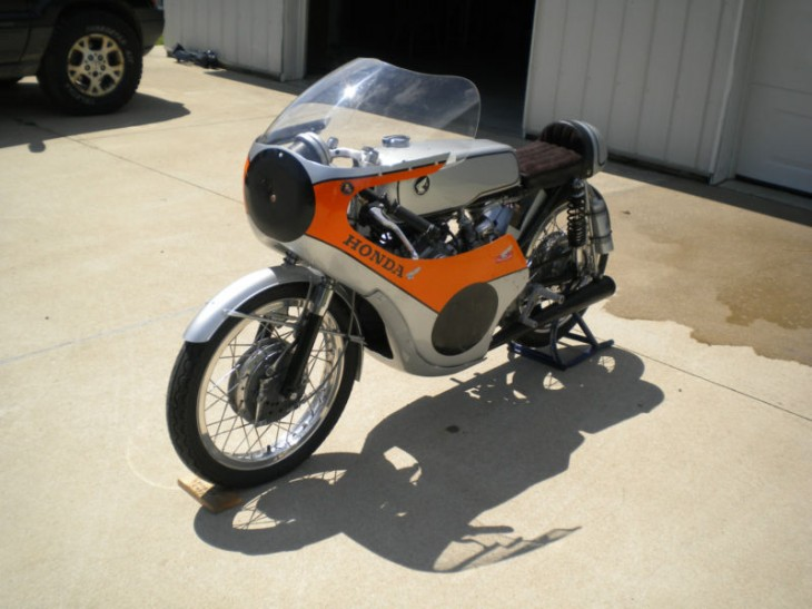 Just Enough Cool:  Honda CB175 Roadracer CR93 Replica