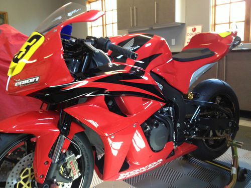 Oh So Interesting: Never Used, Kitted Honda 2008 CBR600RR