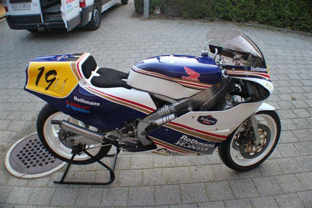 You Like 2 Stroke Race Bikes? Behold! GP Bonanza in Switzerland