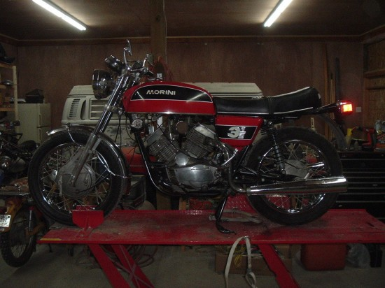 Catching up at CSBFS:  Jota 120, Aermacchi 350, Moto Morini 3½