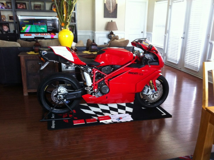 Child of Terblanche:  2006 Ducati 749R