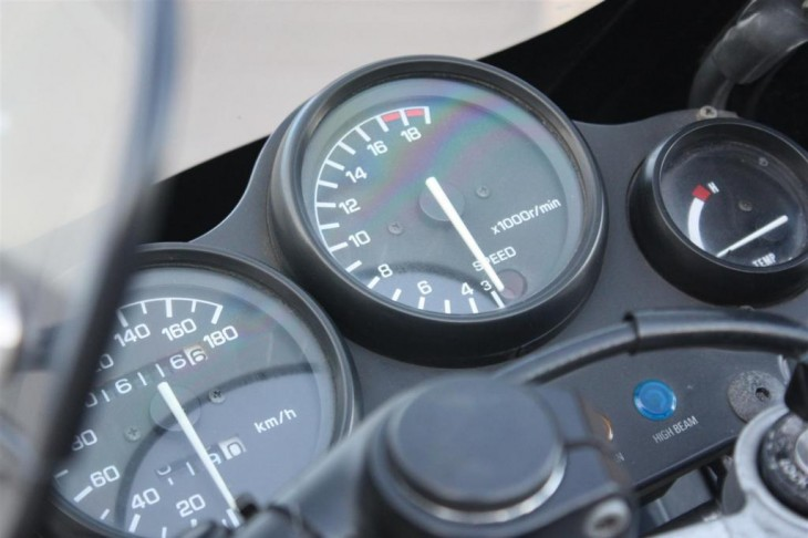1986 Yamaha FZ250 Clocks
