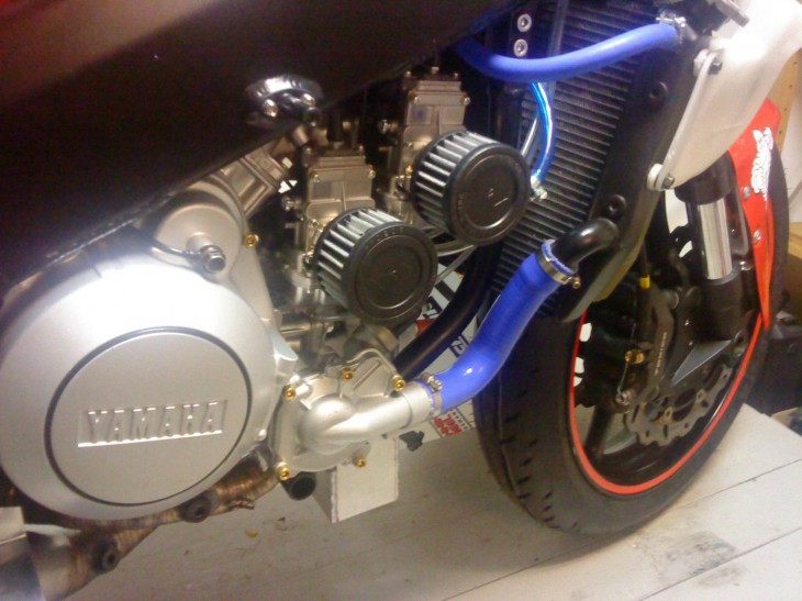 2000 Yamaha YZR500 Replica R Side Engine