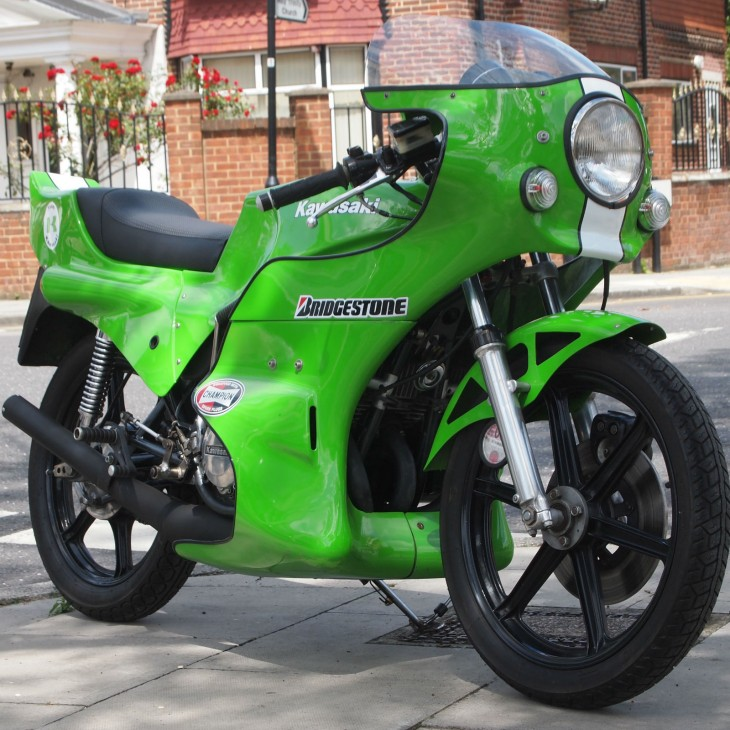 Gobsmackingly Green:  1979 Kawasaki KH400 with Dyson superbody