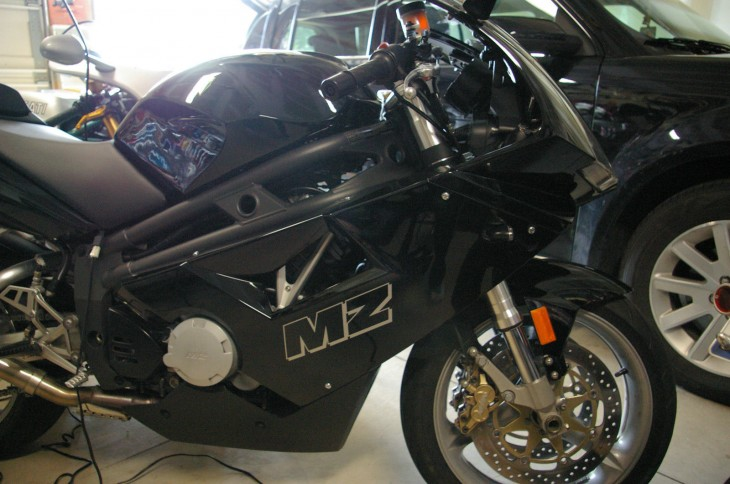 2005 MZ 1000S R Side Garage