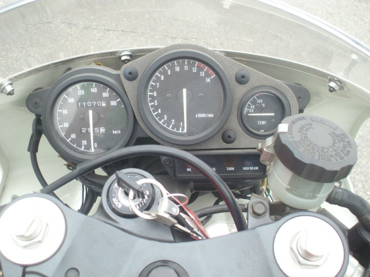 TZR250RS_13