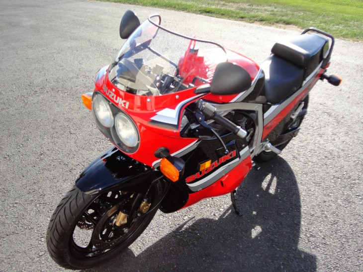 Nut-and-Bolt Restoration:1986 Suzuki GSX-R 750 for Sale