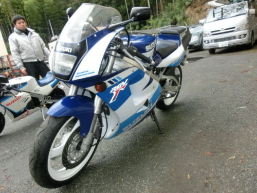 Free Shipping! 1991 Suzuki RGV250 for Sale in Japan