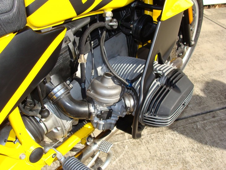 20150303 1986-R100RS-Sport right cylinder