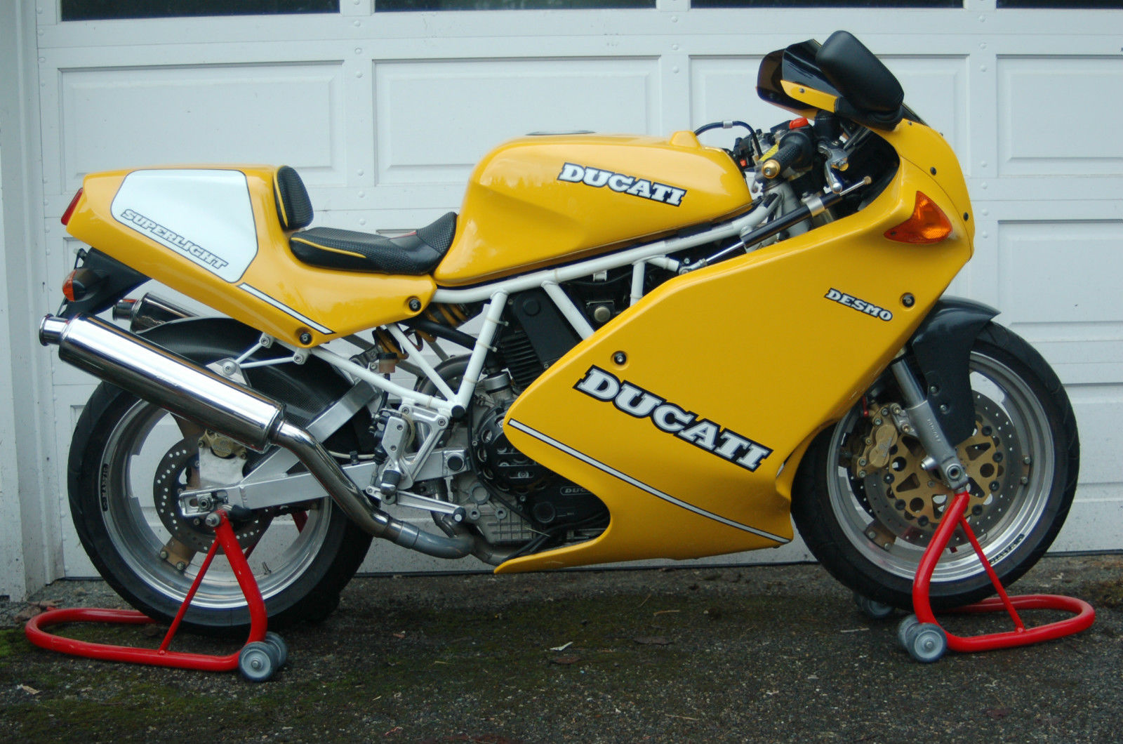 As Long As It S Yellow 1993 Ducati 900 Superlight