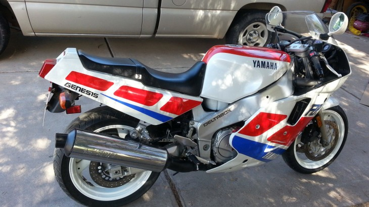 20150407 1989 yamaha fzr 1000 right