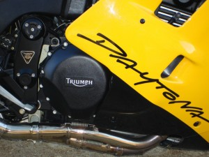 20150515 1995 triumph 900 super iii right engine detail