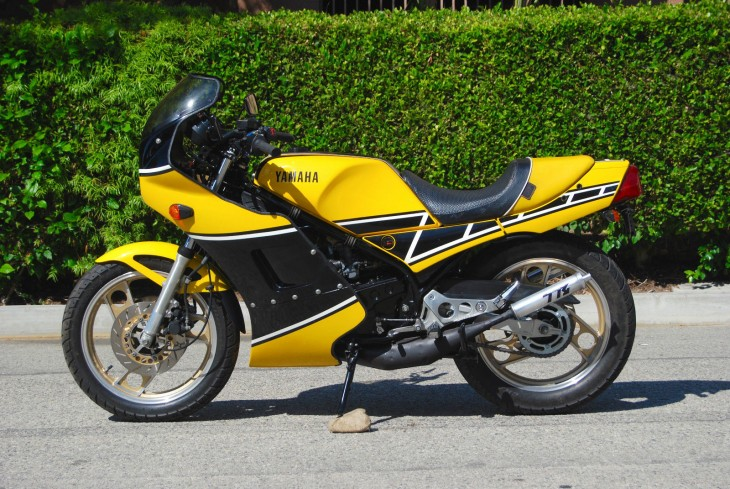 1985 Yamaha RZ350 L Side
