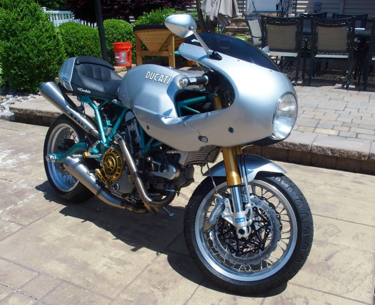 Retro Looks, Modern Handling: 2006 Ducati Paul Smart 1000LE