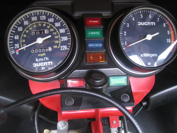 20150605 1983 ducati 900 s2 binnacle